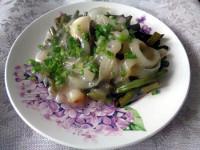 Постное блюдо. Жареная фасоль под белым луковым соусом